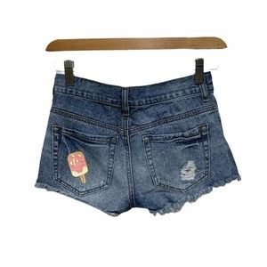 Bullhead Slouchy Short Ice Cream Patch Distressed